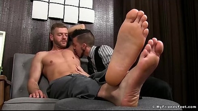 bodybuilder   fetishe   foot fetish