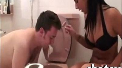 ambisexual  bathroom  crossdresser